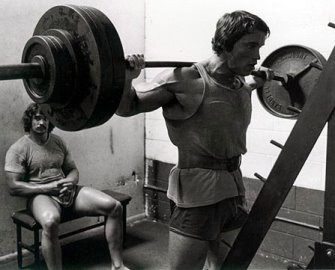 46-arnold-schwarzenegger-leg-squat