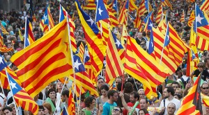 https://www.rt.com/news/321276-catalonia-parliament-back-independence/