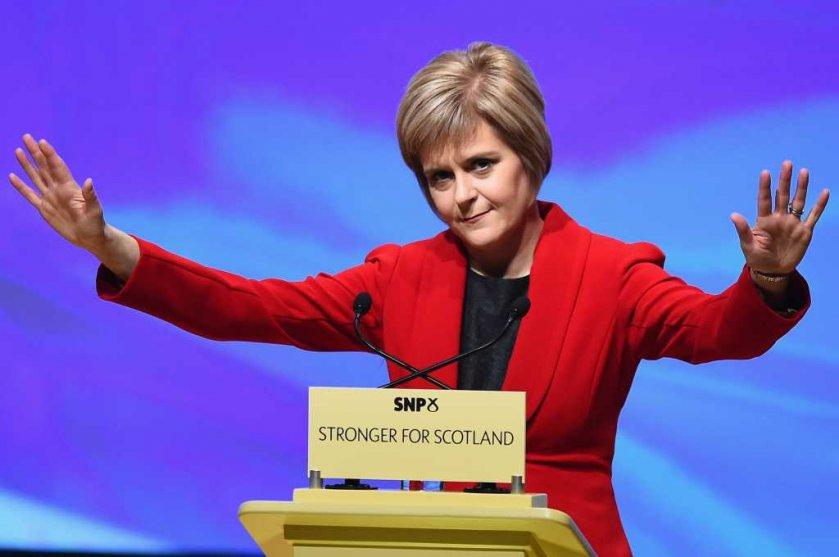 Nicola Sturgeon waves after 2015 leader's debate